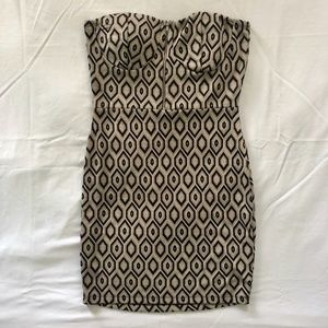2 CUTE | Strapless Tan Patterned Dress | Size S